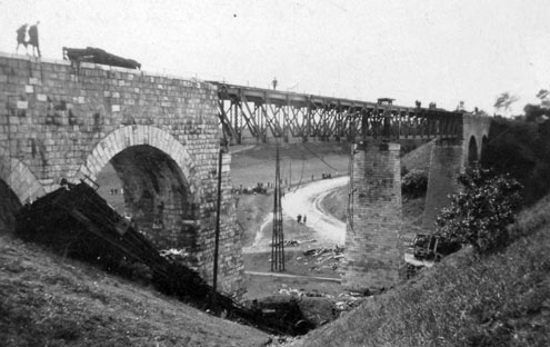 Matuska Szilveszter Biatorbágyi Viadukt Robabntás